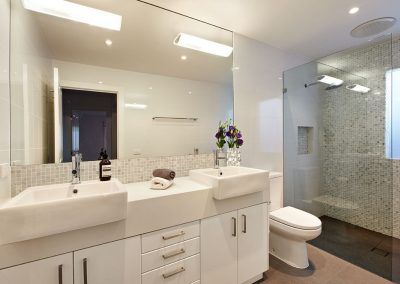 engineered-quartz-bathroom-install